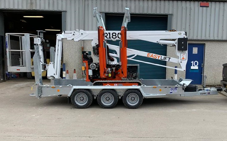 Easy-Lift-R180-with-Ifor-Williams-GH146-tri-Axle