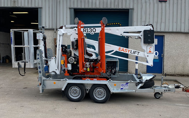 Easy-Lift-R130-with-remote-and-trailer